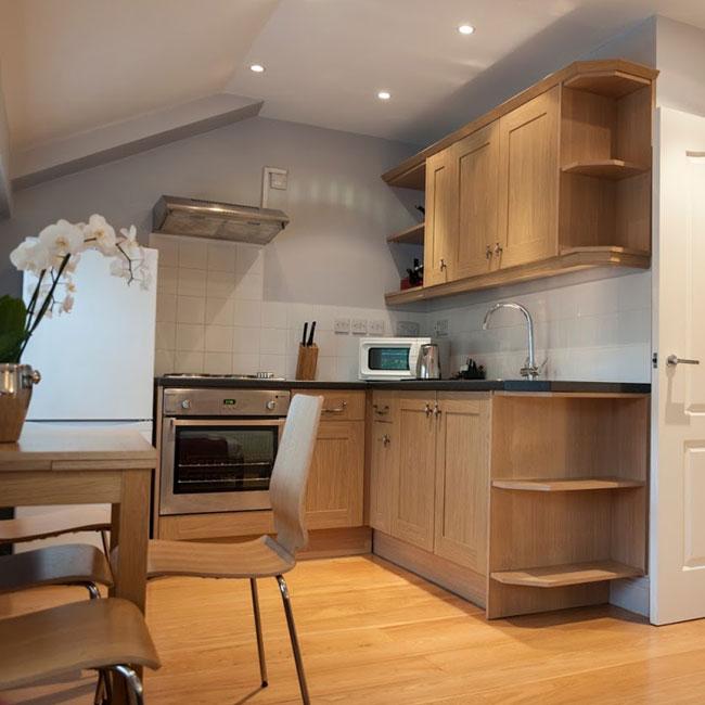 12 London Street Apartments Kitchen